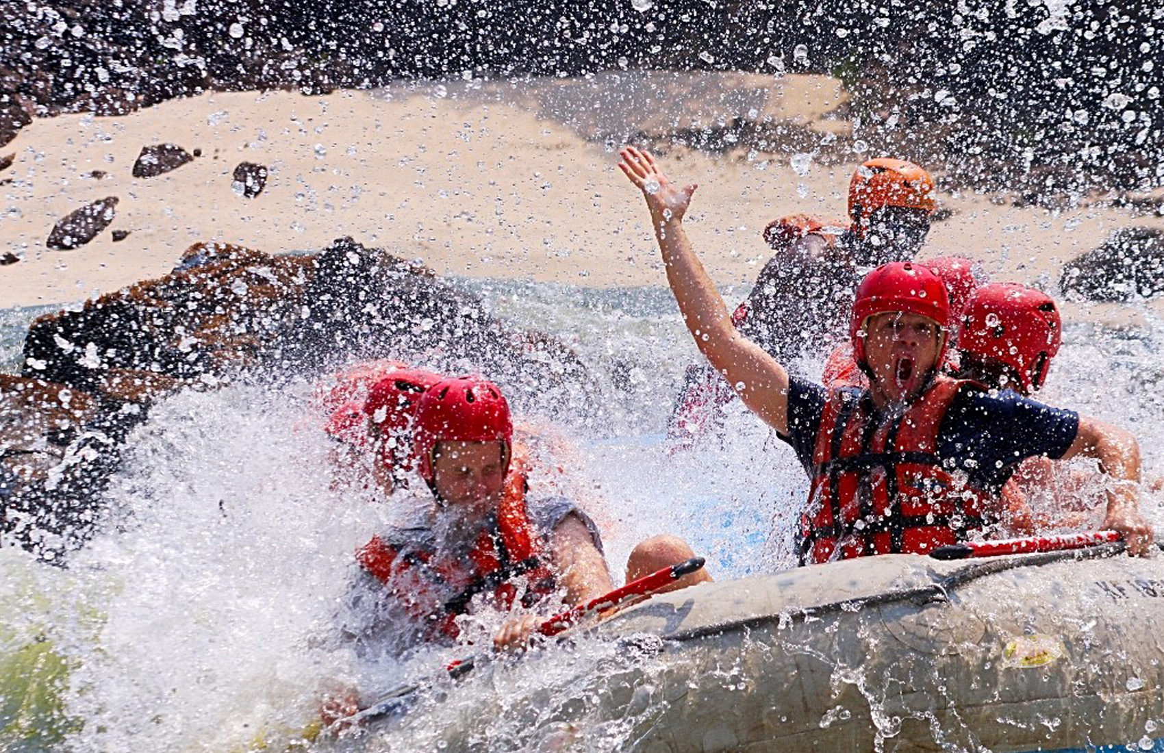 Victoria_Falls_Rafting