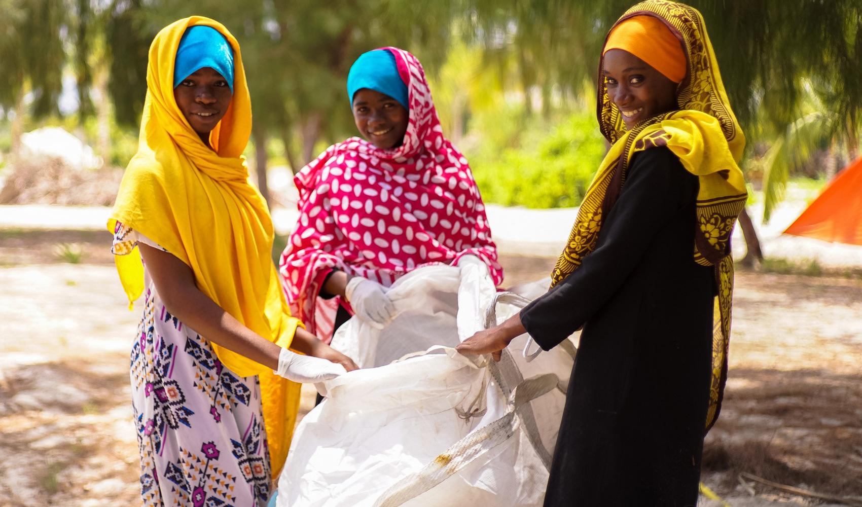 Zanzibar–bans_plastic